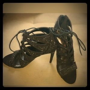 Steve Madden Black Gold Stud Lace Up Stilettos
